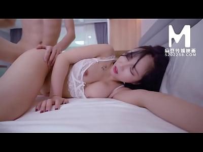 【国产】麻豆传媒作品/MD0039-女优面试员 003/免费...