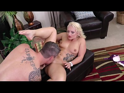 Tattoo Blonde Teen Sucks Cock & Gets Facial