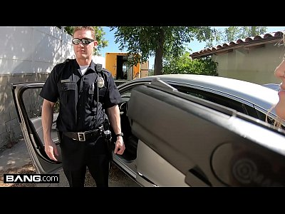 Screw the Cops - Kenzie Madison catches a dirty cop & has sex with him
