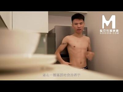 【国产】麻豆传媒作品/MD-0028 阿姨做客  001/免费...