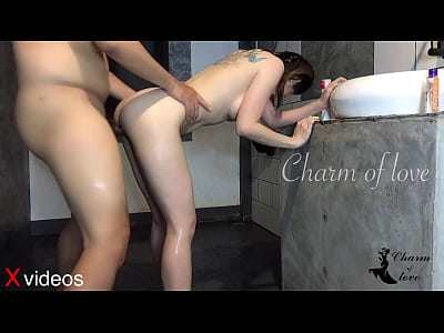 Porn XXX Pornhub ขอให้พี่ตากล้องช่วยอาบน้ำให้