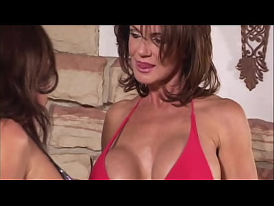 Deauxma and Goldie Blair catfight