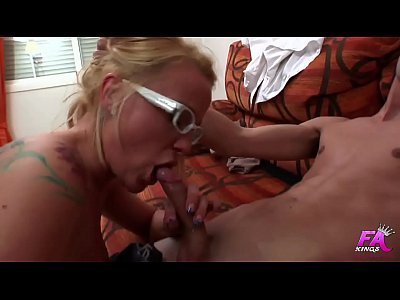 Spanish blonde psychologist sucks and fucks her young shy patient