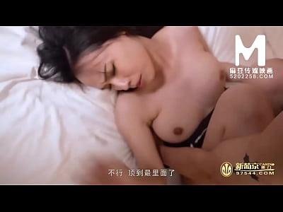 【国产】麻豆传媒作品/MDX-0042极度诱惑的采访 002...