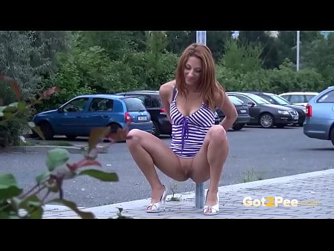 Got2Pee Peeing outdoors