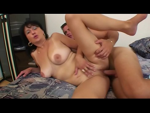 OLD WOMAN FUCKED BY A BOY !