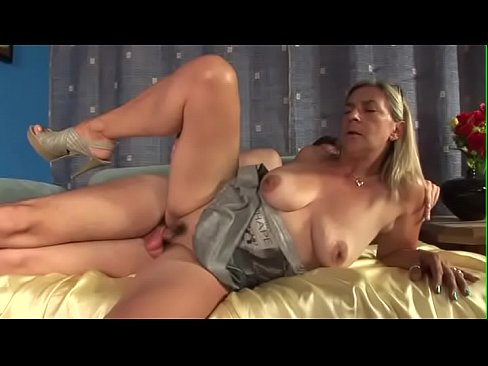 cover video tina monti anal