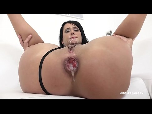 Angie Moon Is Back To Face 4 Black Bulls For Double Anal Asshole Destruction