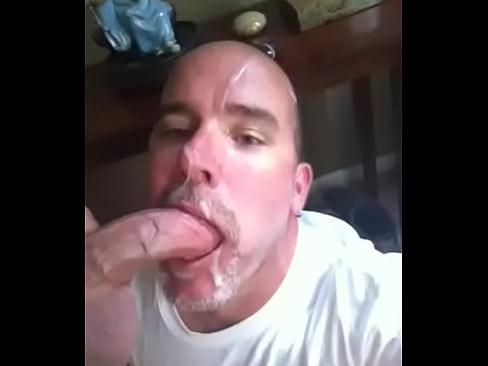 gozando na cara do viadinho-16 sec