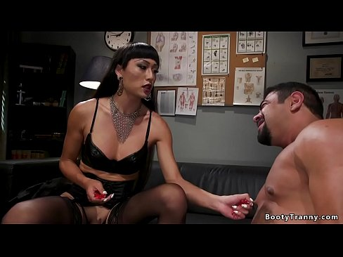 Domme TS in lingerie anal fucks man