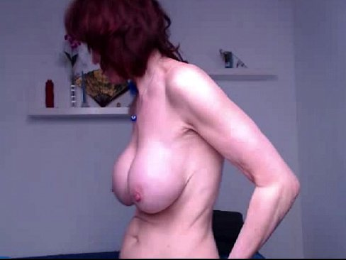 Granny Fingering Herself Standing Up Xvideos Com
