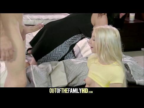 Mamãe Flagra Marido Comendo A Enteada Novinha Menor | Xvideos 10 - Videos Porno, Sexo Grátis, Xvídeos Porno