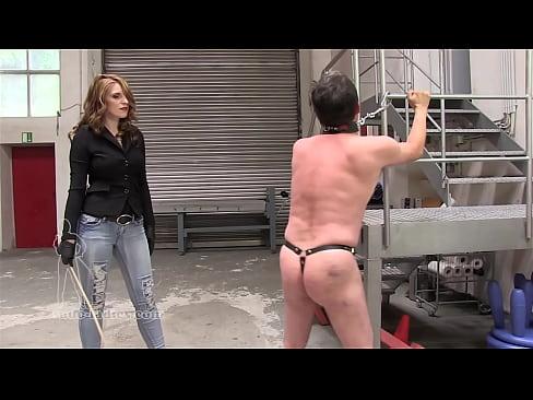 Hot Mistress Whip Hard Her Slave Femaledomination Org Xvideos Com