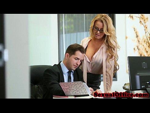 naked amateur girls sucking dick