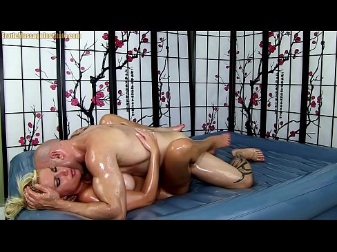 Erotic Oil Body Massage with Hot Blonde