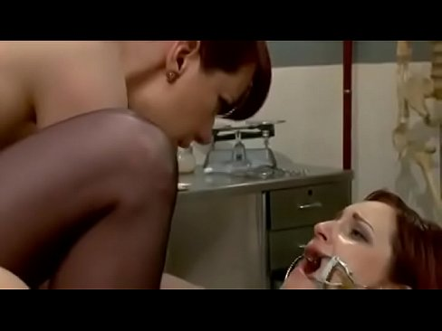 Dixie Comet Lesbian Bondage