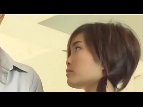 เย็ดสาวพานิชย์สดแตกในคาโรงแรม คลิบxxxไทยโดนเย็ดคาชุดนักศึกษาหีสวยไร้ขนไม่ยอมให้ถ่ายดีๆ