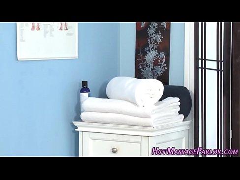 Cum mouthed masseuse blow