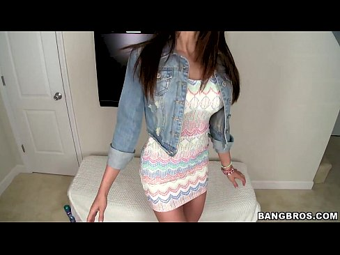Amateur Model is a Dick Sucking Master