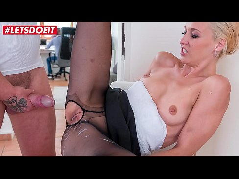 LETSDOEIT - MILF Stepmom Lola B. Gets Banged And Creampied By Son On Kitchen Chair