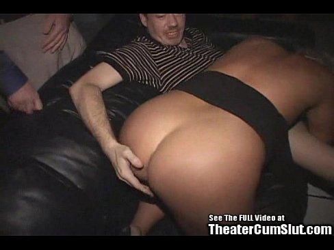 Milf στο σπίτι πορνό πορνό κόμβο γλείφει το μουνί
