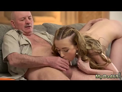 women bleeding pussy images