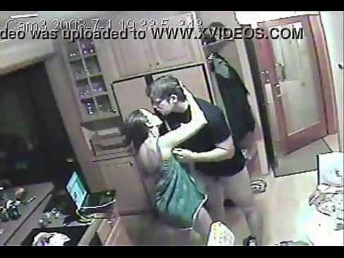 Atrapados en camara de habitacion https://urlcloud.us/2RV3lS