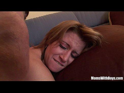 Порно мама сын трахает в анал