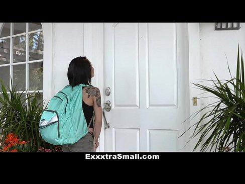 ExxxtraSmall - Hot Petite Teen Holly Hendrix Fucked In Ass By Neighbor