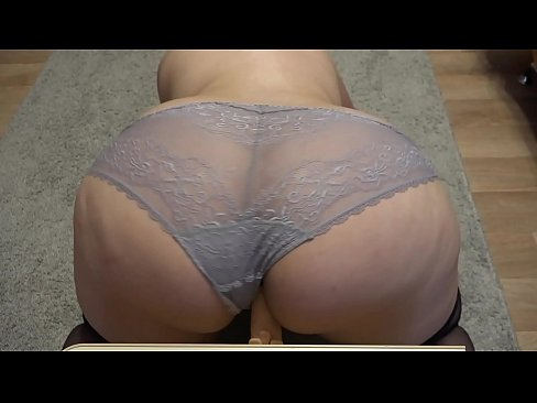 Striptease and masturbation from an horny bbw. Shake of fat booty in panties doggystyle.