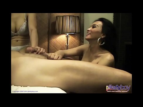 Phillipines Ladyboys in a group sex party fucking and cumming - XNXX.COM