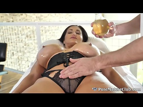 Remarkable, tits sex gets giant fucked cougar a with at party phony commit error. can