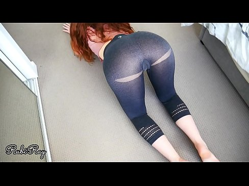 Fit Gym Babe wants a good creampie while doing her stretching