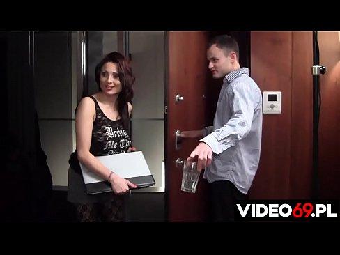 Polskie porno - Pomagamy słomianej wdowie