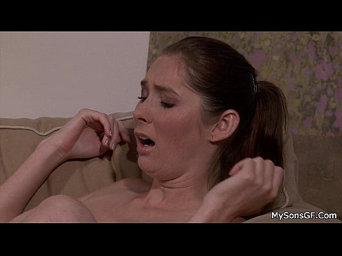 Lesbian Rough Pussy Licking
