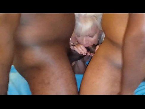 BIG BOOBS BIG TITS BLONDE HOTWIFE BBC GANGBANG WIFE SHARING HOMEMADE MILF MOM SLUTWIFE SWALLOW CUM