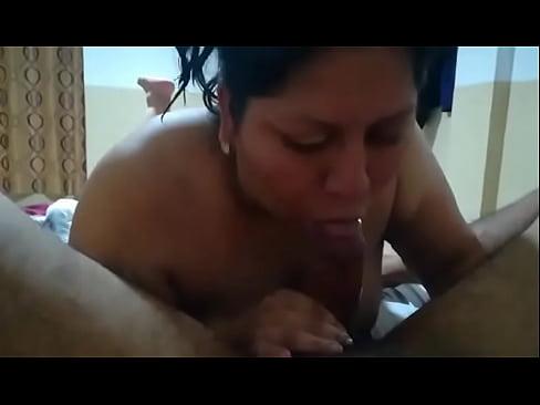 Veneka goloza me la mama riko