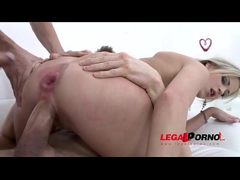 Ria Sunn intense double anal earlier in her porn career