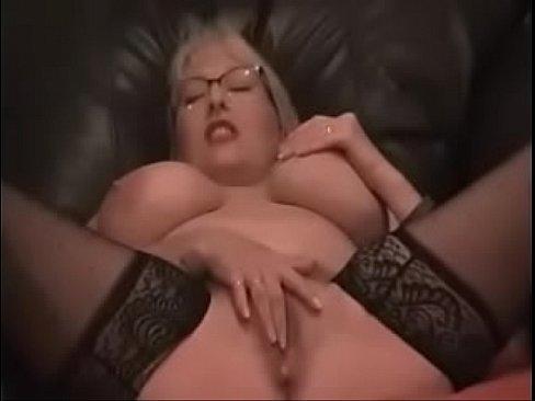 Amateur Mom Anal Masturbation