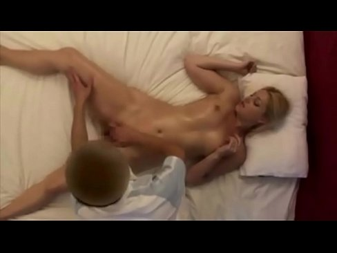 Annie gorgeous wife first time japanese massage - Part 2