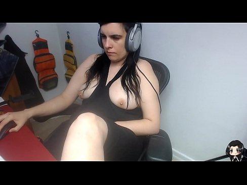 Real Jilling Amateur (girl at home masturbating at PC)