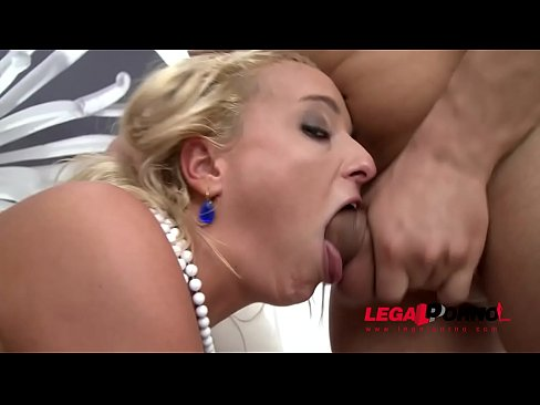 Fat slut Trisha takes anal pounding and Falls in LOVE with PORN!