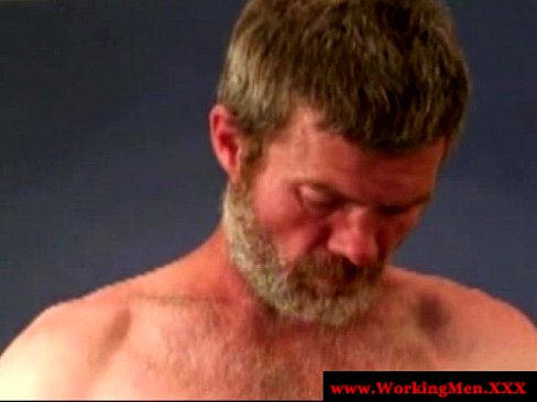 Mature duo on knees for double facial