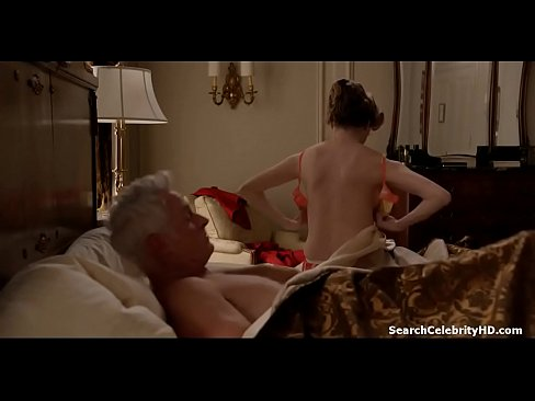 women mastrabating on her dick