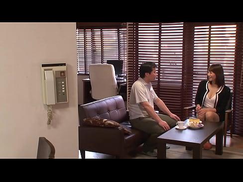 不貞な交換性交 ある日、隣の住人が結衣の夫に相談があると言ってきた。それは自分の妻を抱いてくれという特殊な性癖の相談だったのだ…。 Full→https://bit.ly/3ecLAZI