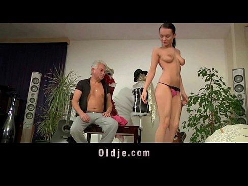 2 girls masturbating porn