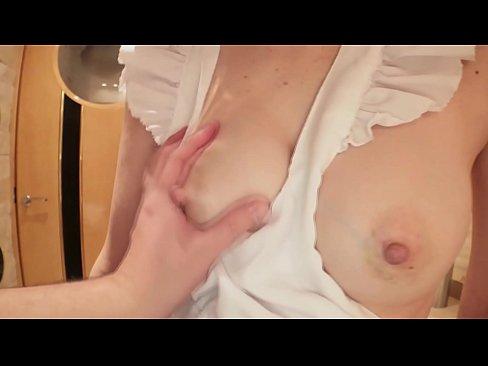 熟妻・友利子の裸エプロン - 保坂友利子 2