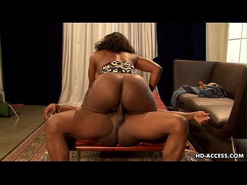 hot female bubble butt nude