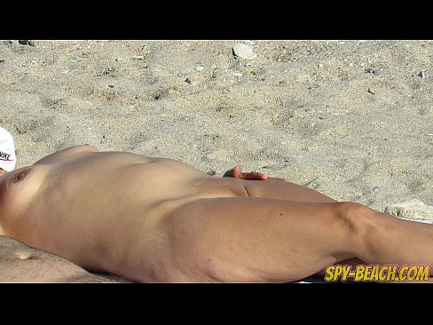 Voyeur Amateur Nude Beach MILFs Hidden Cam Close Up