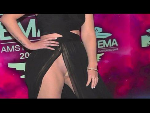 Jennifer Lopez and IGGY AZALEA Uncensored: http://ow.ly/SqHsN